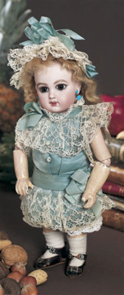 A Whispering of Dolls: 10 Brown-Eyed French Bisque Bebe