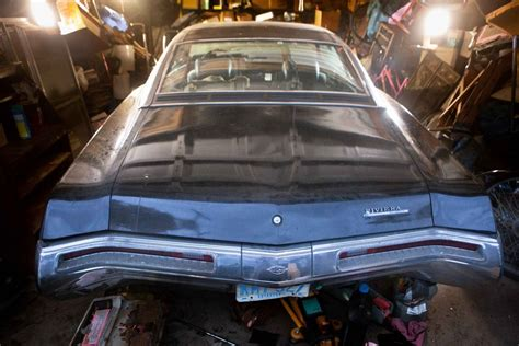 BF AUCTION: Black 1969 Buick Riviera