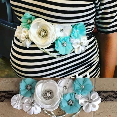 How To Make The Cutest Baby Shower Corsage! Pink, Blue